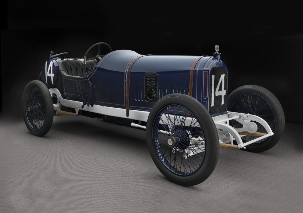 1913 Peugeot V4 4 válvulas 90 hp @ 2900 rpm